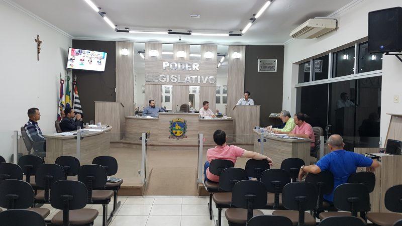 Vereadores vetam projeto de Lei que cria e regulariza funções do Executivo