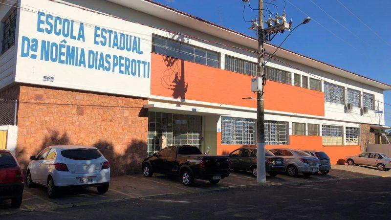 Estudante é flagrada com faca dentro da mochila na escola Noêmia Dias Perotti