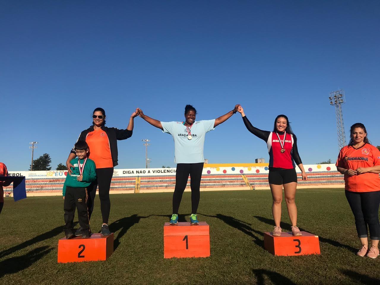 Jogos Regionais: Mirandópolis conquista medalhas no Lançamento de Disco, Atletismo, voleibol feminino e malha