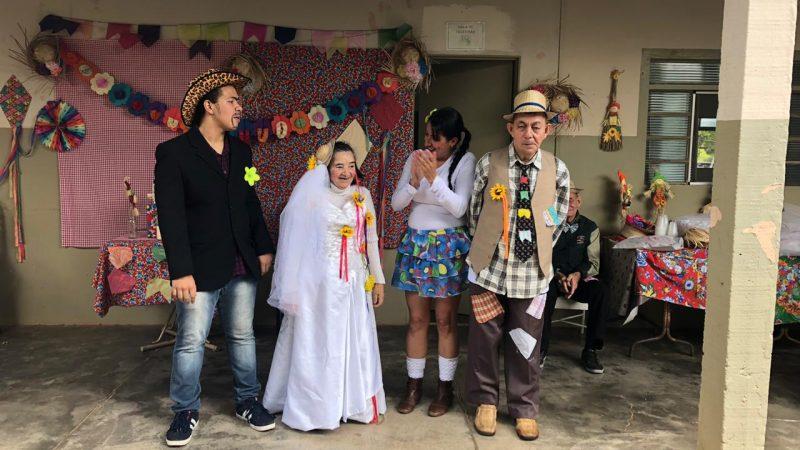 Amai promove tradicional festa junina aos idosos