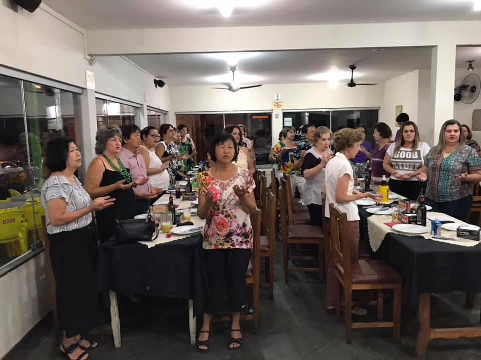 Apam: professores aposentados se reúnem em busca de lazer e voluntariado
