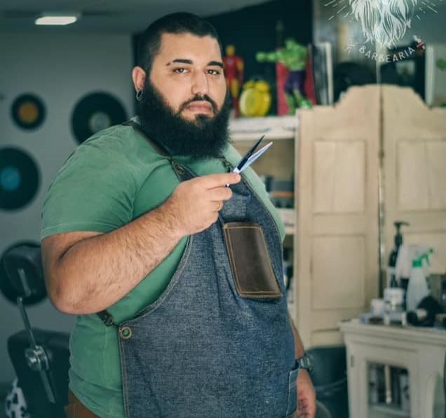 Barbearia Rei Barba muda de endereço e amplia espaço para atendimento