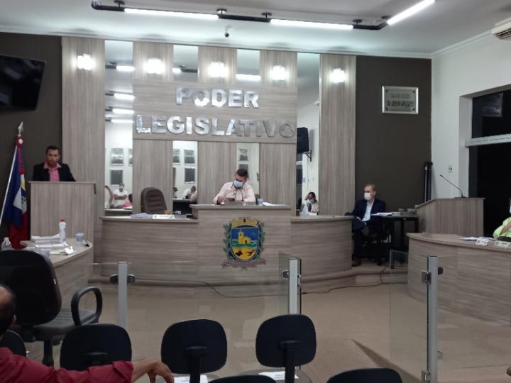 Sessão da Câmara é marcada por discussões entre os vereadores