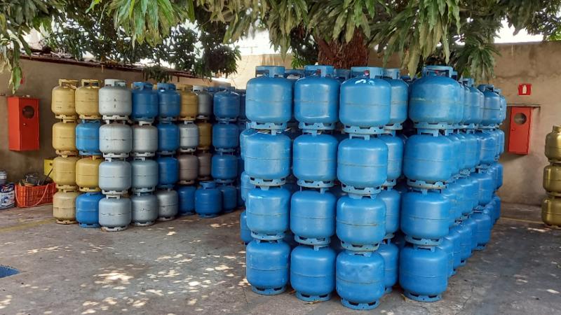 Revendedoras de Mirandópolis ainda seguram novo aumento do gás de cozinha; produto deve ficar mais caro essa semana