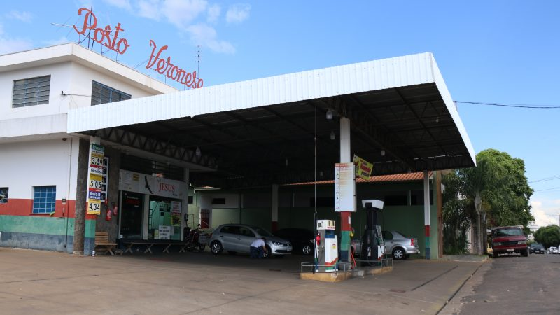 Preço da gasolina bate a casa dos R$ 5,00 em Mirandópolis