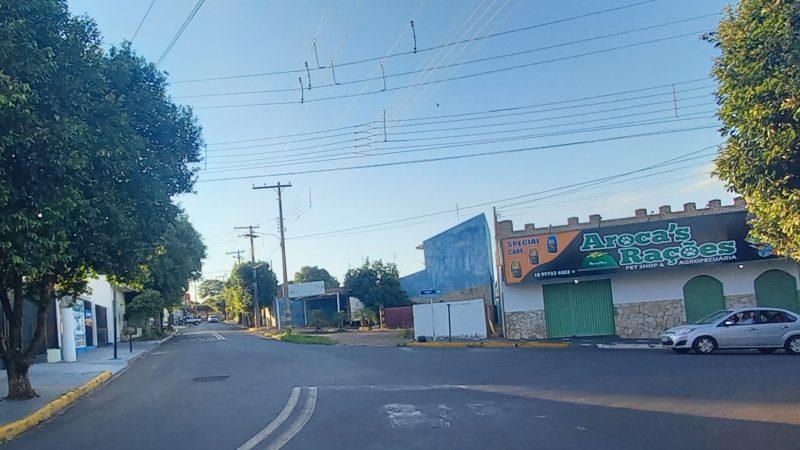 Magali solicita semáforo no Nossa Senhora de Fátima para evitar acidentes; sessão ainda tem outras 13 indicações