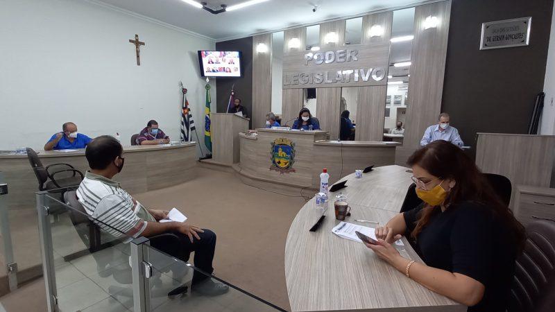 Vereadora solicita esclarecimento do prefeito sobre conselho municipal de políticas sobre drogas