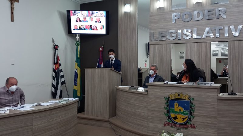 Oswaldo Gomes Junior recebe homenagem na Câmara e reforça a importância das doações de órgãos