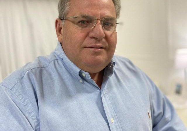 'Um dos maiores feitos daqueles vereadores foi elaborar a Lei Orgânica do Município', lembra Paulo Valverde