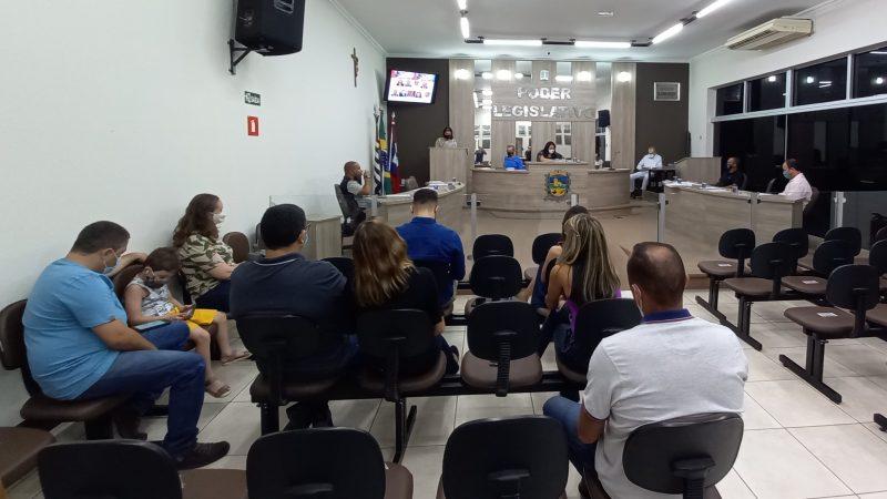 Requerimento para detalhar saldo nos cofres da prefeitura é reprovado e Monica Machado desabafa sobre votos contrários